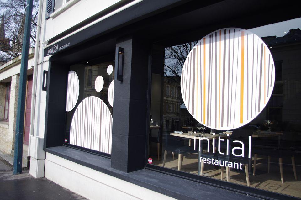 Initial restaurant