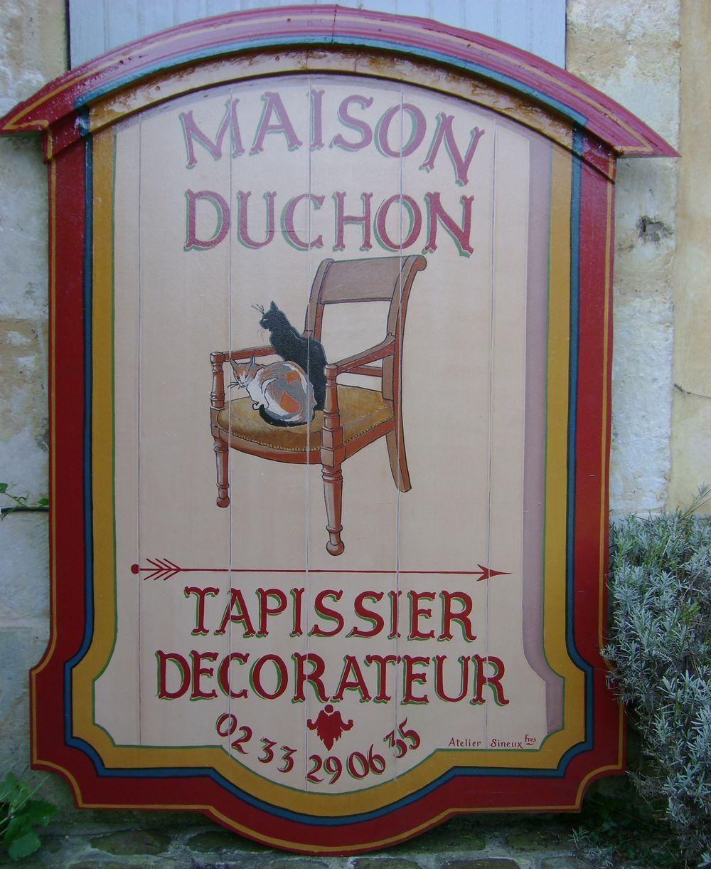 Enseigne-peint-Tapissier-Décorateur-Duchon_atelier_sineux